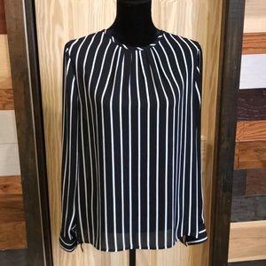EUC White House BM size 10 blouse
